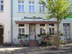 """""""Naturzauber""""  und Eingang Ferienwohnung"""